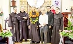 60 năm hồng ân khấn dòng